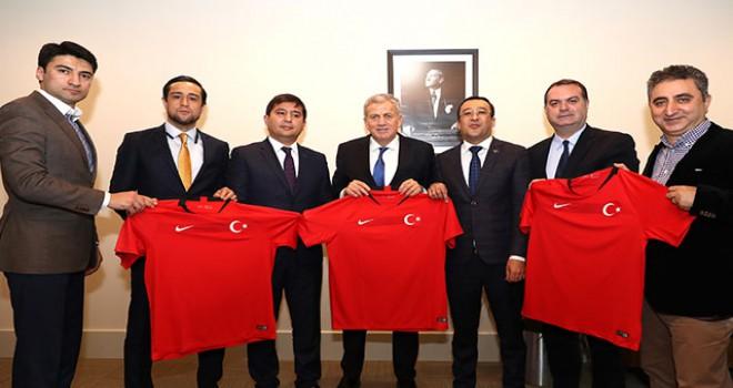 Özbekistan Futbol Federasyonu'ndan TFF'ye ziyaret