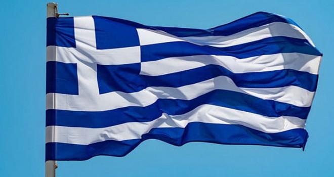 Yunanistan'da hükümet ortağı ANEL Partisi hükümetten...