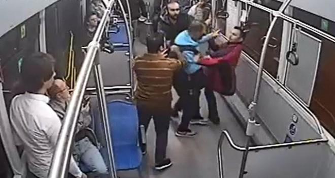 Halk otobüsünde küçük çocuğa taciz iddiası