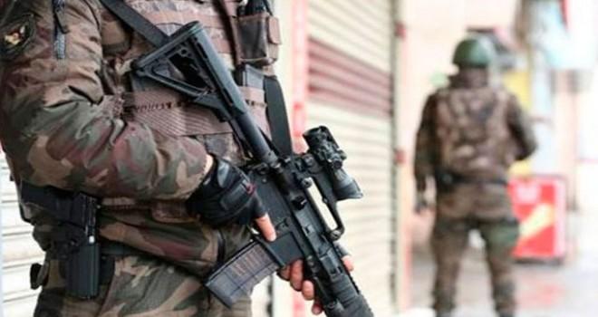 Aranan terörist, hücre evinde yakalandı