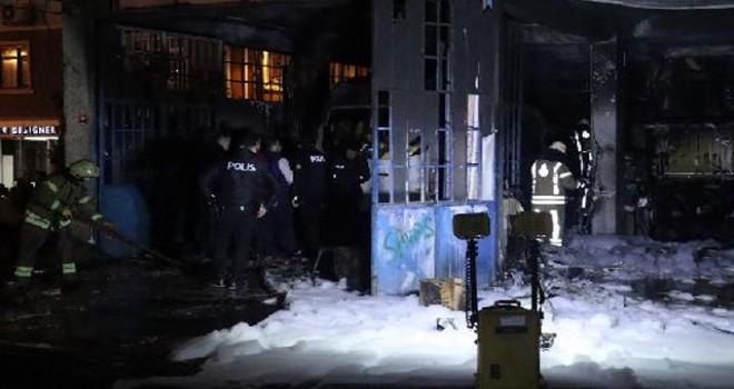 Kağıthane'de oto tamir dükkanında yangın