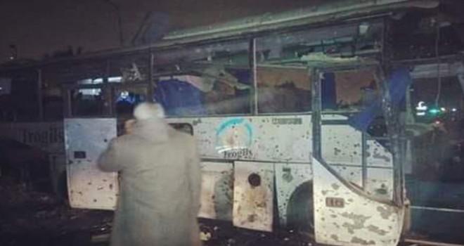 Mısır'da turistleri taşıyan otobüse bombalı...