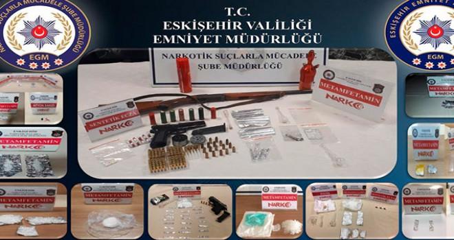 Eskişehir merkezli 4 ilde uyuşturucu operasyonu:...