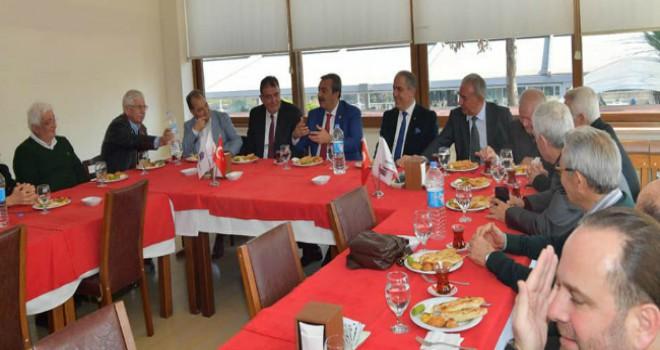 Çukurova Belediye Başkanı Soner Çetin Müteahhitleri...
