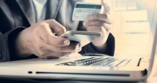 Kredi kartı borcunu ödemeyen vatandaşı tehdit...