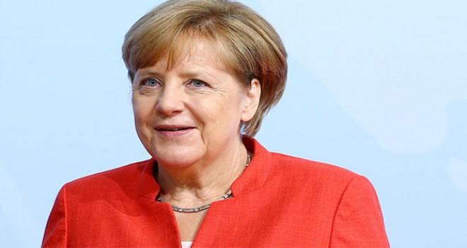 Merkel: Bırakma kararım beni uluslararası politikada...