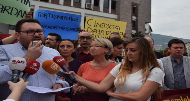 CHP İL GENÇLİK KOLLARI KARMA EĞİTİME SAHİP...