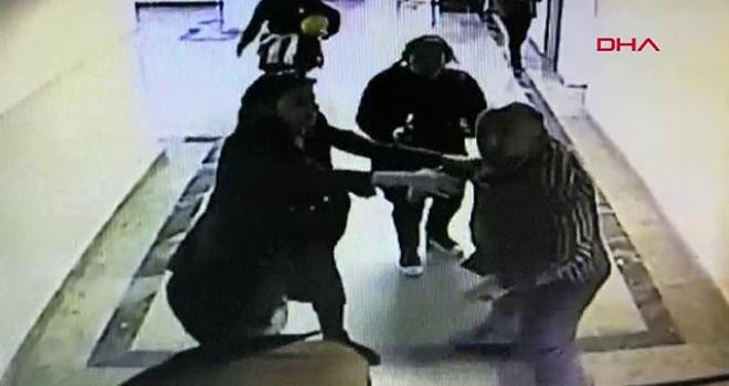Okulda öğretmene silahlı saldırı anı kamerada