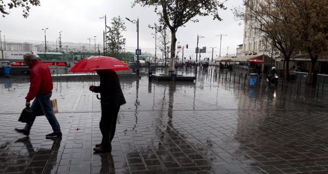 İBB'den İstanbul için yağış uyarısı