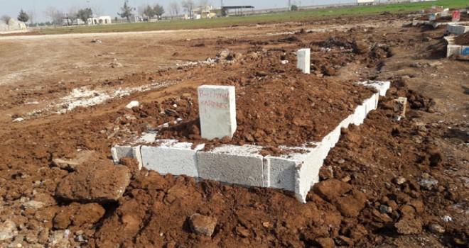 Antalya'da fırtınada ölen Berivan'nın cenazesi...