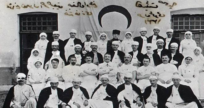 Prof. Dr. Erdöl: 1915'li tıbbiyelilerin tamamı...