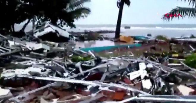 Endonezya'da tsunami alarmı turuncu seviyeye yükseltildi