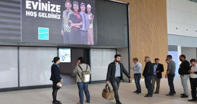 Antalya uçağı ilk kez İstanbul Havalimanı'na...