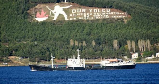 Rus askeri tanker gemisi Çanakkale Boğazı'ndan...