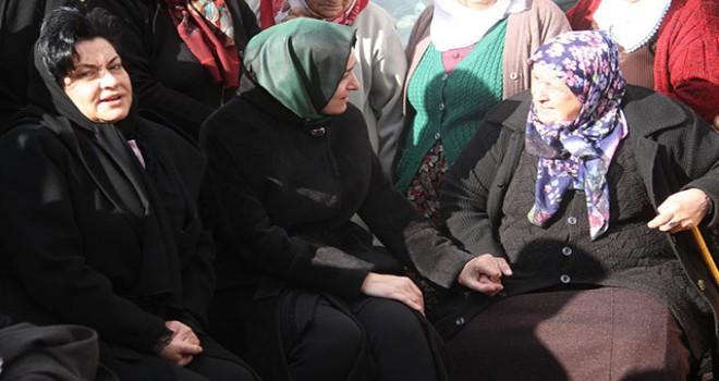 AK Parti Genel Başkan Yardımcısı Fatma Betül...