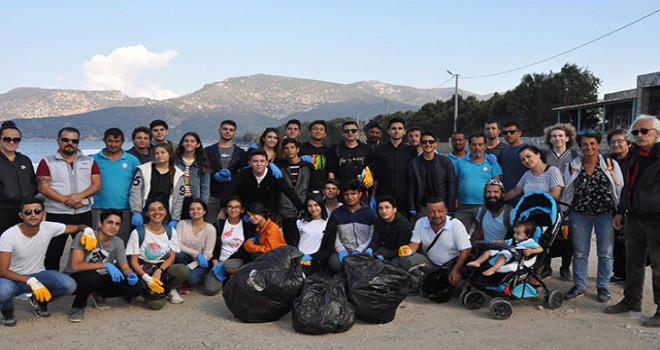 Kirlilik Avcıları, Datça kıyılarından 2 ton çöp topladı