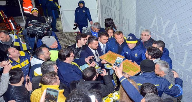 Fenerbahçe'ye baklavalı moral