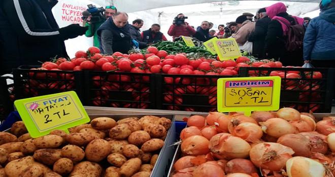 Ankara'da 15 tanzim satış noktasında sebze satışı...