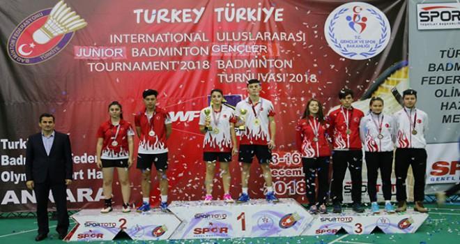 Badmintonda 20 madalyanın 14'ü Türk sporculardan