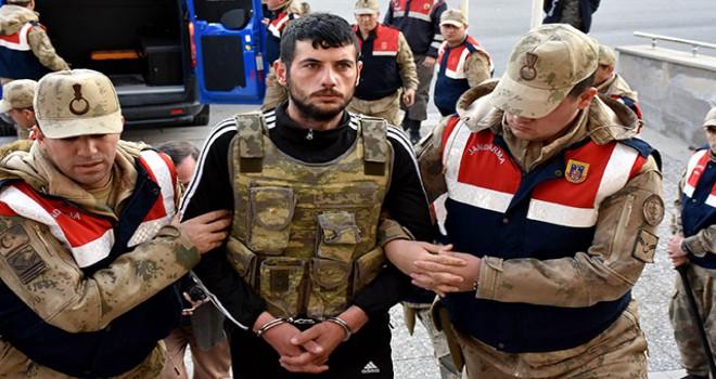 Sivas'ta 5 kişiyi öldüren sanık mahkemede 'Pişmanım'...