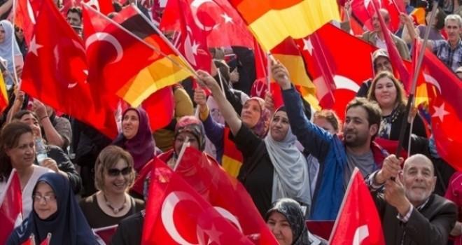 TBMM raporundan: Yurt dışında yaşayan Türklerin...