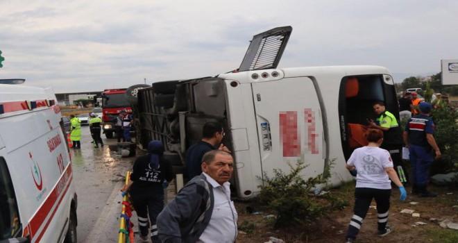 Manisa'da feci kaza: Ölü ve çok sayıda yaralı...