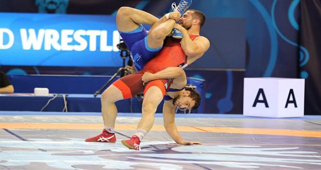 Dünya Güreş Şampiyonası'nda ilk gün tamamlandı