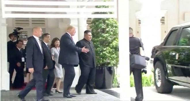 Trump Kim'e arabasını gösterdi