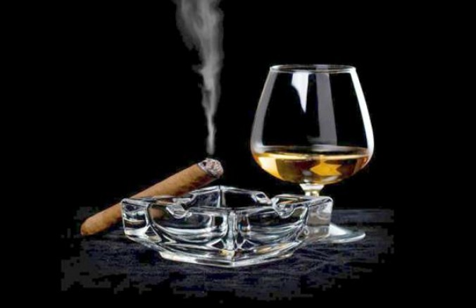 Fiyatlar en çok alkollü içecekler ve tütünde arttı