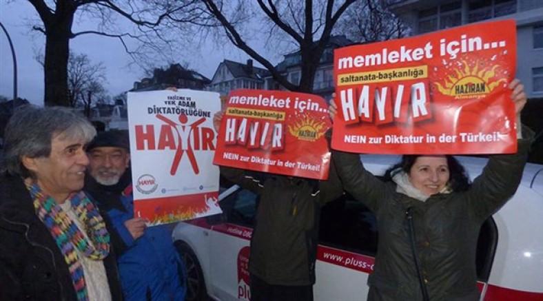 Hamburg HAZİRAN Meclisi: Memleket için 'Hayır'