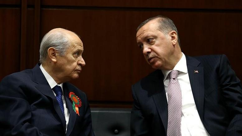 HDP'li Yıldırım: 'Bahçeli ve Erdoğan uçaktan kol kola insinler'