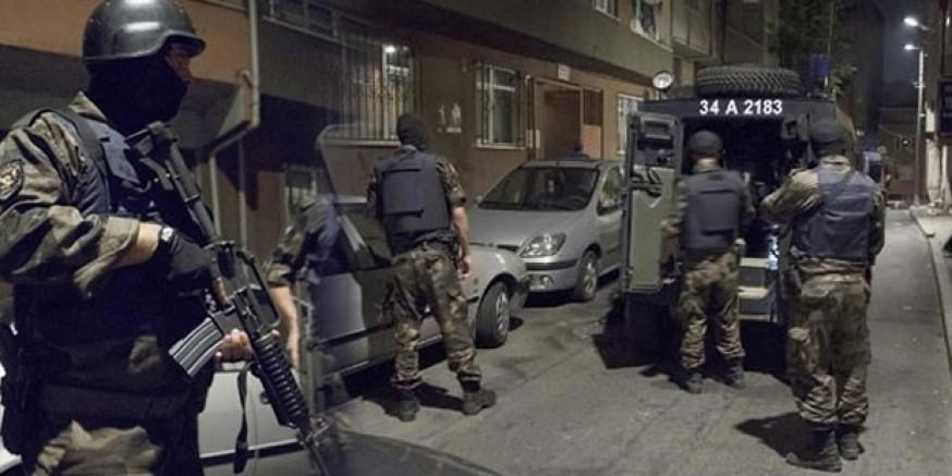 İstanbul merkezli 13 ilde 'FETÖ' operasyonu; 40...