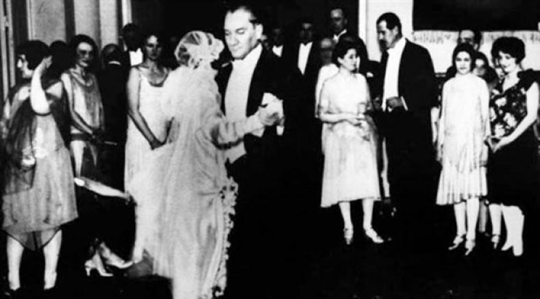 Sovyet bale sanatçısı Atatürk'le karşılaşmasını anlattı: 'Valsiyle bize taş çıkarttı'