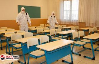 Esenyurt'ta Okullar Yüz Yüze Eğitim Öncesi Dezenfekte Edildi